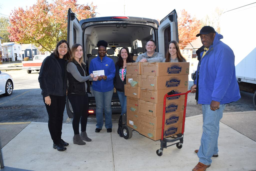 Neighborhood Service Center accepts donations from Choptank Transport